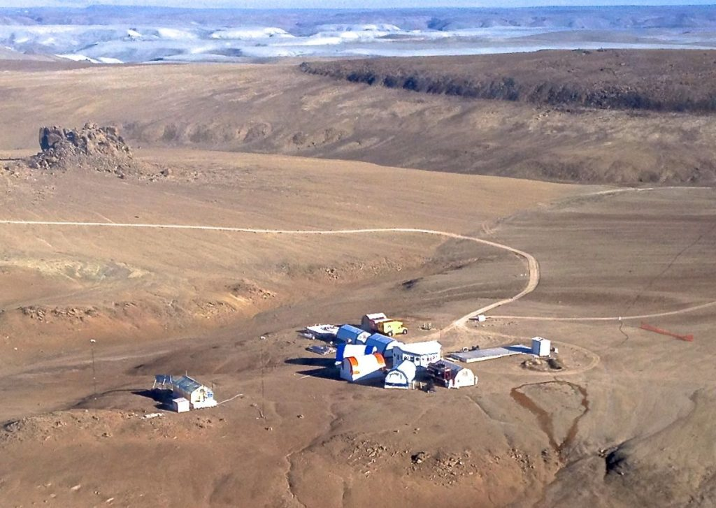 Image of Devon Island - Research Station