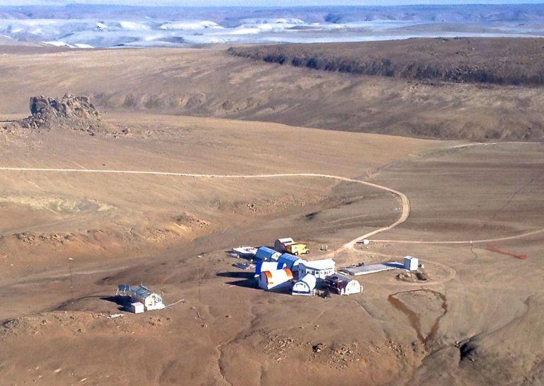 devon-island-research-station-768x545.jpg